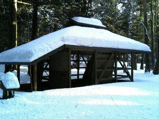 御射山神社(上社)の穂屋