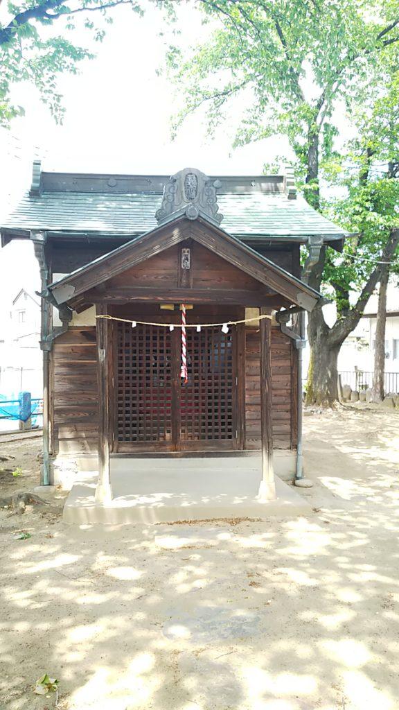 赤烏神社 稲荷神社社殿