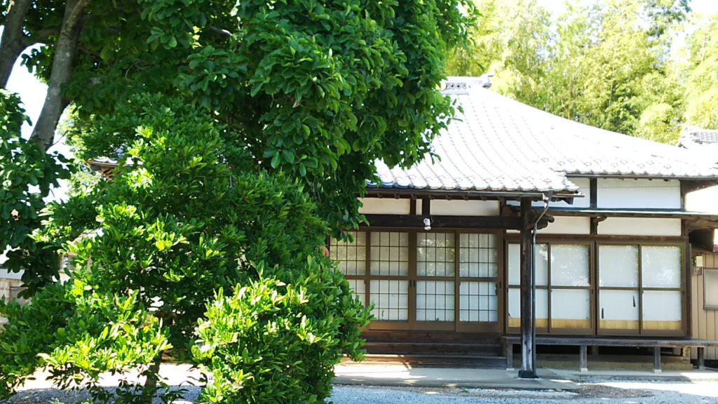 根渡神社 横のお寺。かつては神宮寺だったのだろうか?