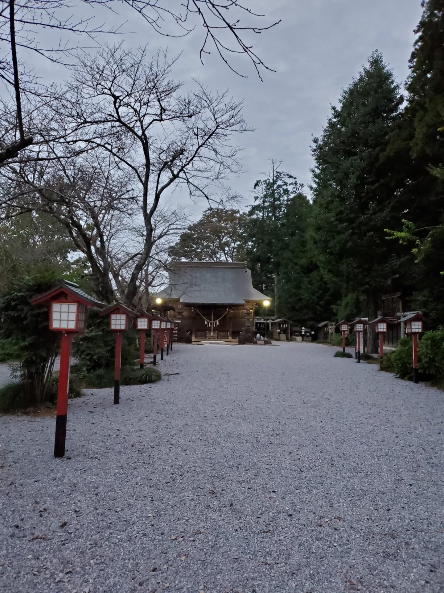 鷲宮神社 拝殿と参道