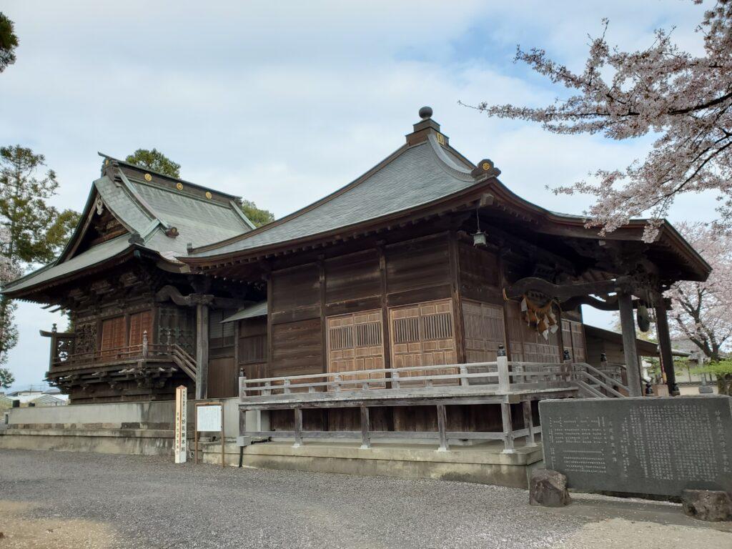 妙見寺と桜